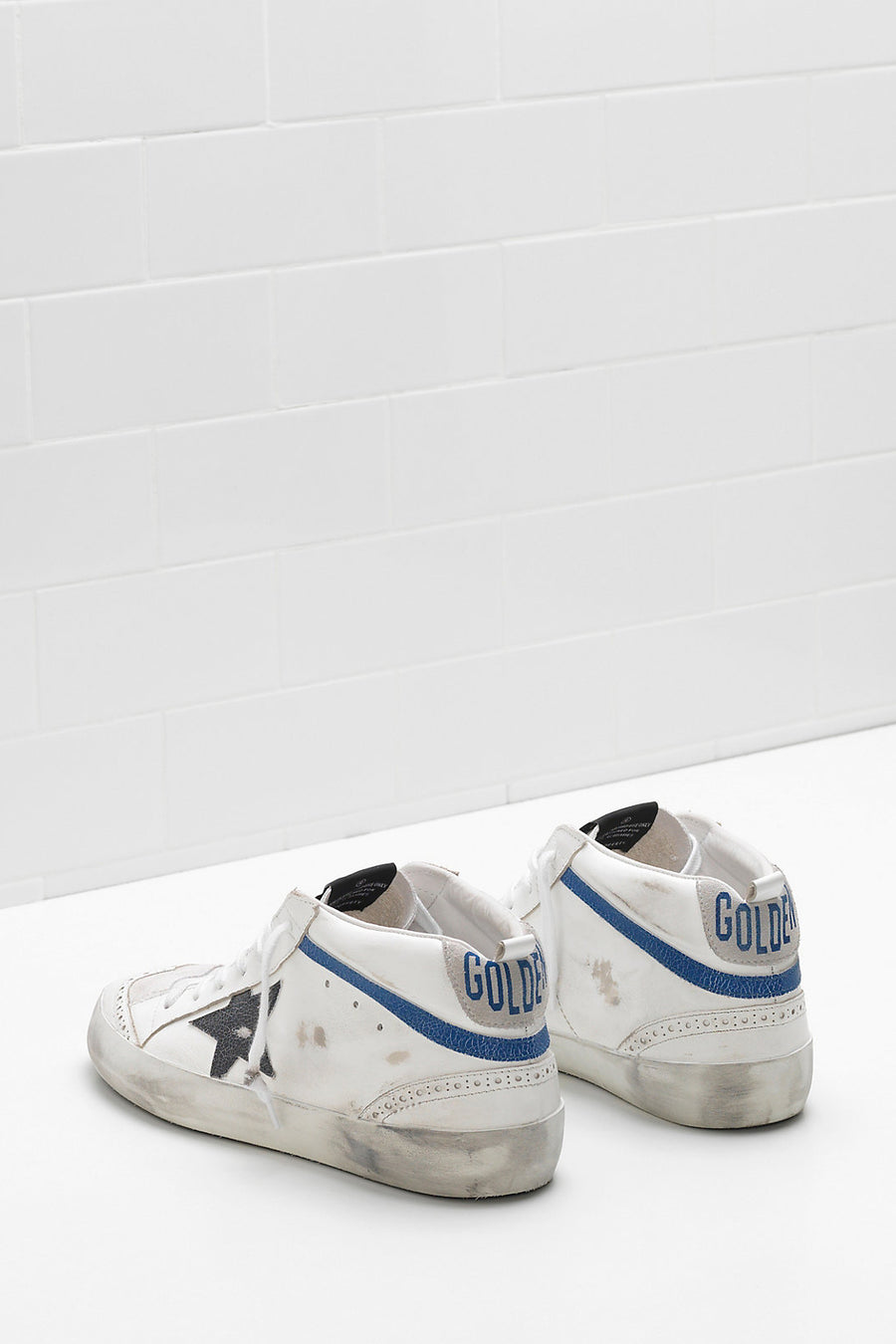 Mid Star - White Suede Black Wall Star