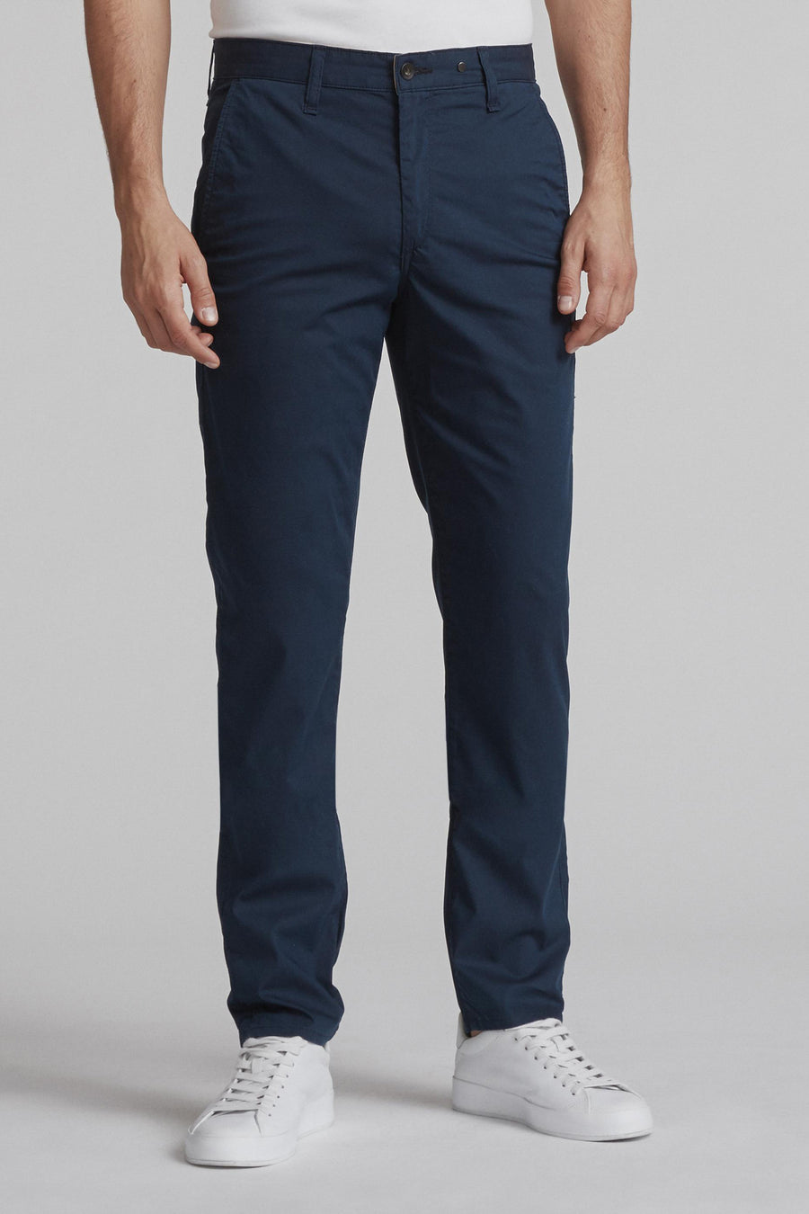 Flyweight Chino Fit 2 - Dark Navy - Pavilion