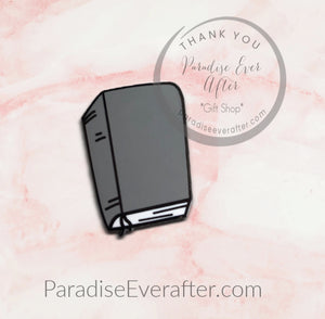 Enamel Pin: Bible pin