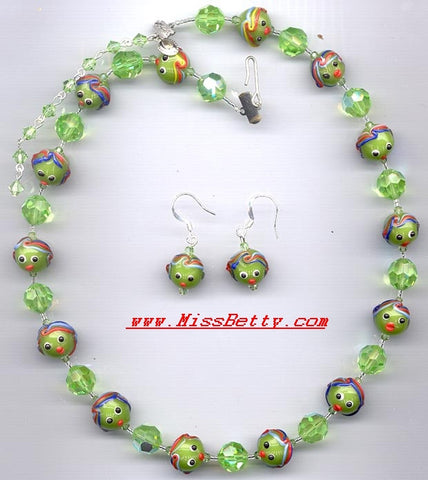 "Chinese ""Head"" Lampwork and Peridot Beaded Necklace and Earrings"