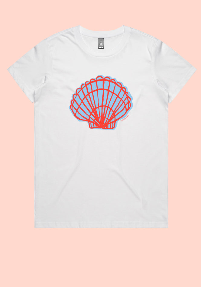 Clam Shell Tee