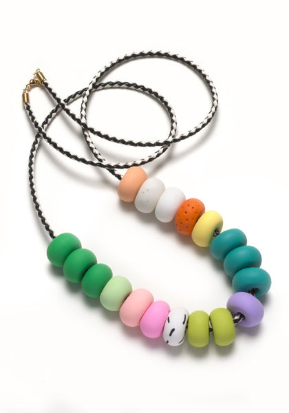 Eva 18 Bead Necklace
