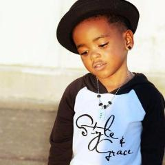 Style and Grace hooded raglan (Toddler)