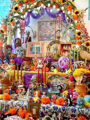 dia de los muertos mexico day of the dead alfrenda altar