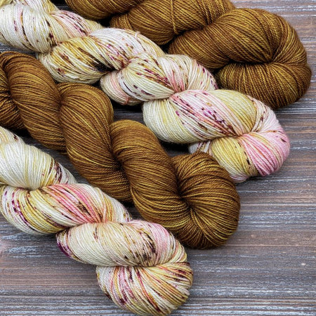 Gilded Lily & Gold Pressed Flowers Shawl Yarn Pack