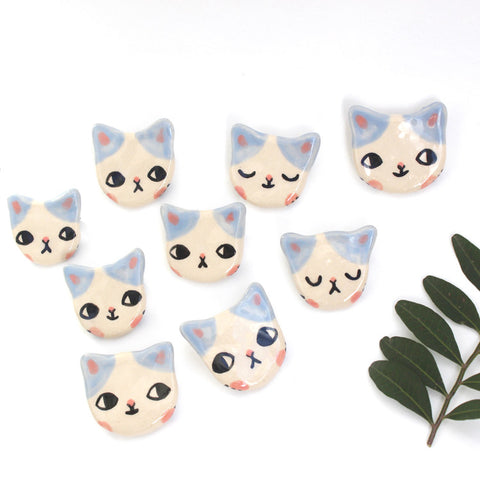 Ceramic Kitty Brooch Blue - M