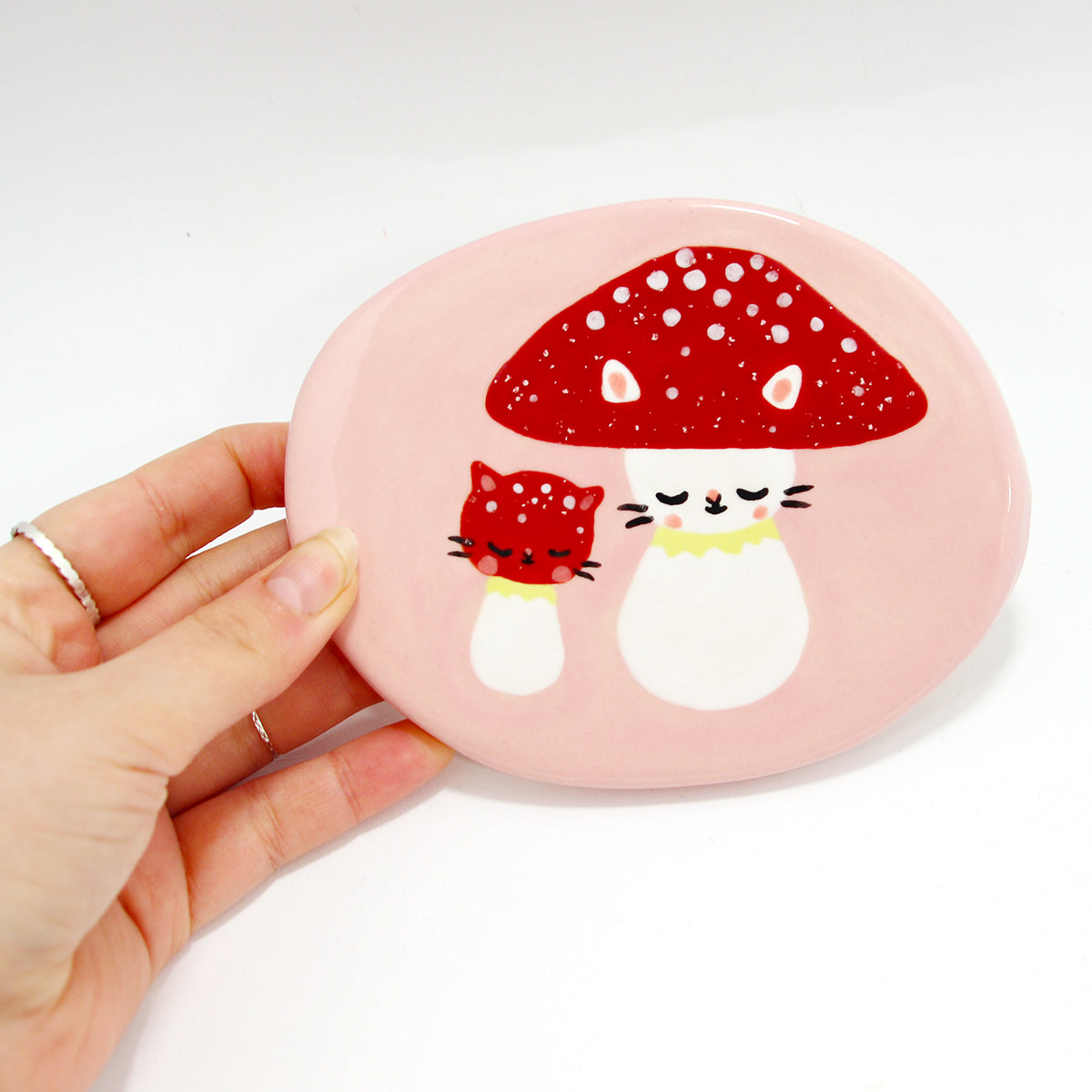 Ceramic Mushroom Kitty Wall-Hanging Tile #1403