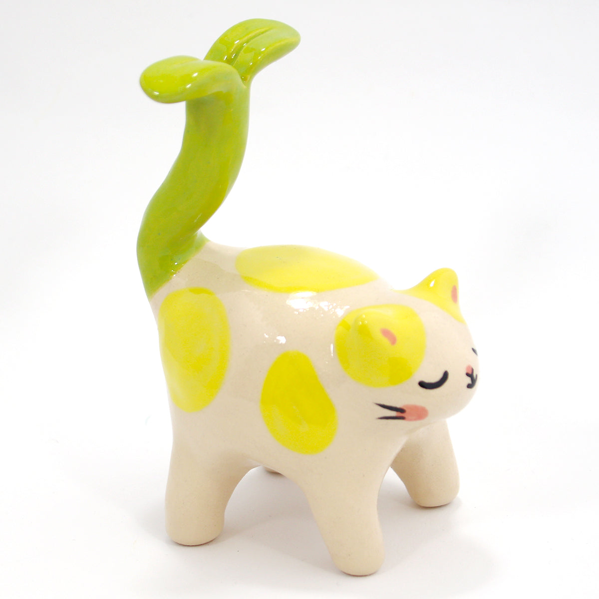 Ceramic Kitty Figurine #534