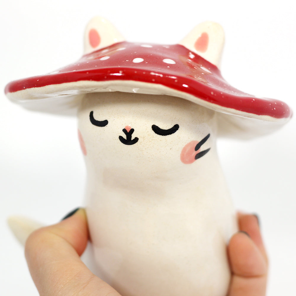Ceramic Mushroom Kitty Figurine #1216