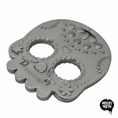 Helles Teeth Sugar Skull Teether (Silver)