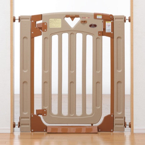Nihon Ikuji Smart Gate II Plus - Plastic Safety Gate for the Stairs