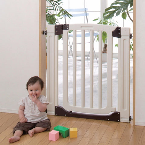 Nihon Ikuji Extra Tall Plastic Safety Gate