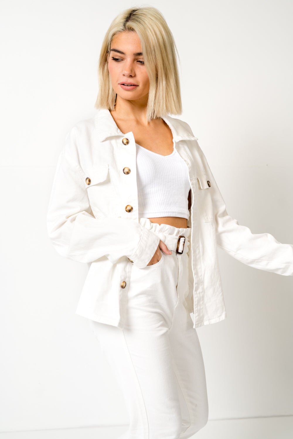 FAE LONDON - STAMFORD 90S WHITE DENIM JACKET