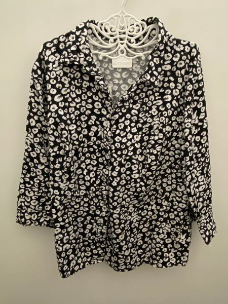 Vintage black & white floral shirt