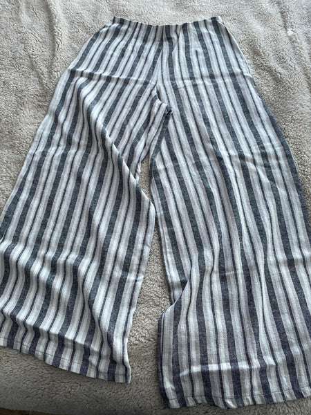 Grey thicker stripe wide leg linen pants with zip at the back