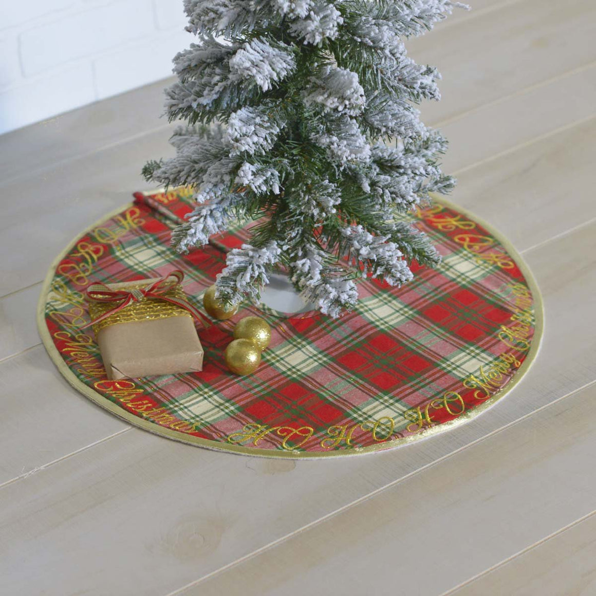 HO HO Holiday Tree Skirt