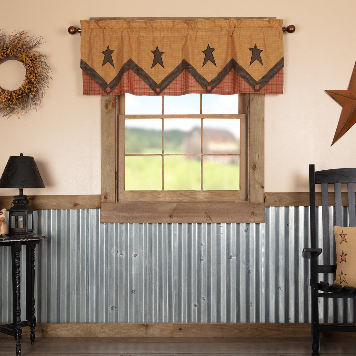 Stratton Primitive Star Valance Layered