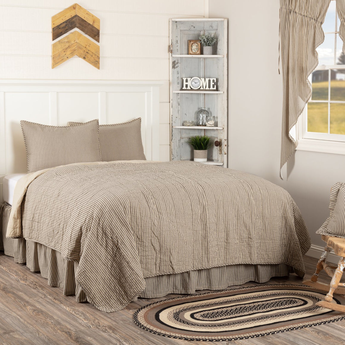 Sawyer Mill Ticking Stripe Quilt Set