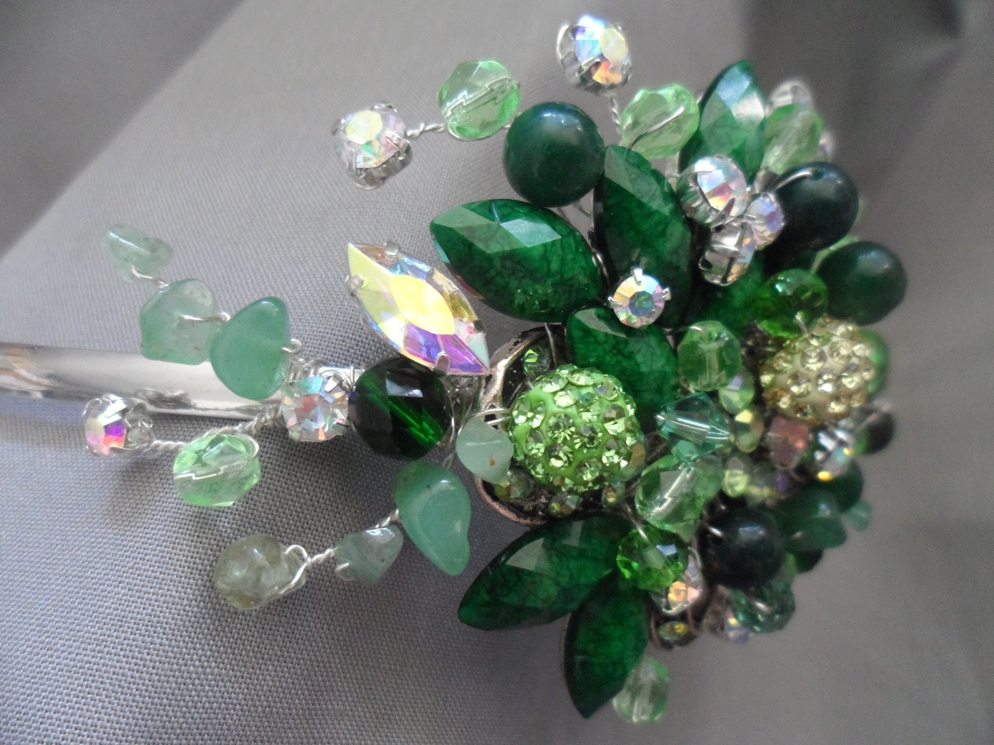 Green goddess, Side Tiara headdress