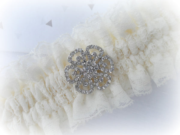 Luxury deep Ivory Lace Garter