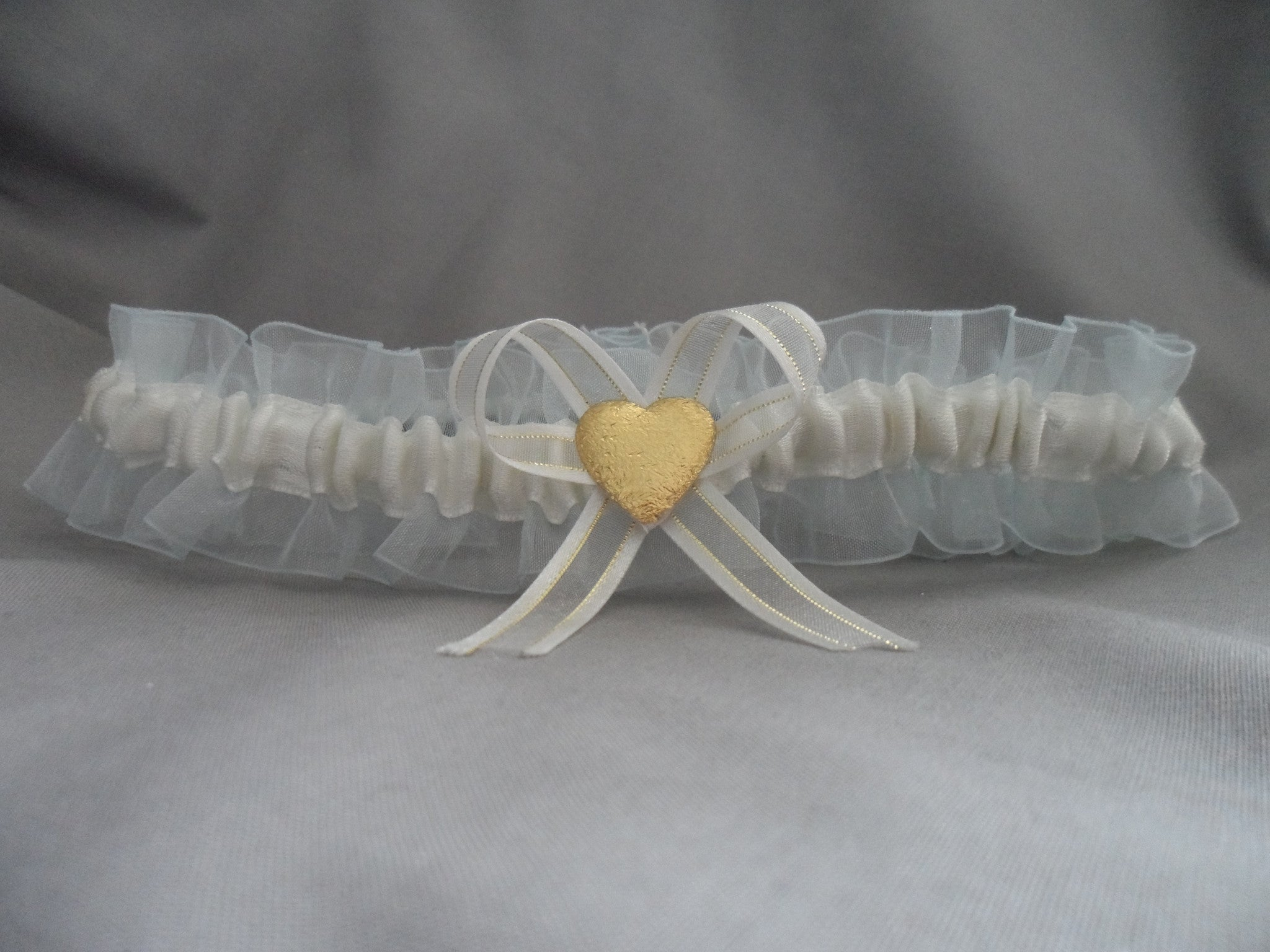 Satin Heart basic Garter Ivory on Blue