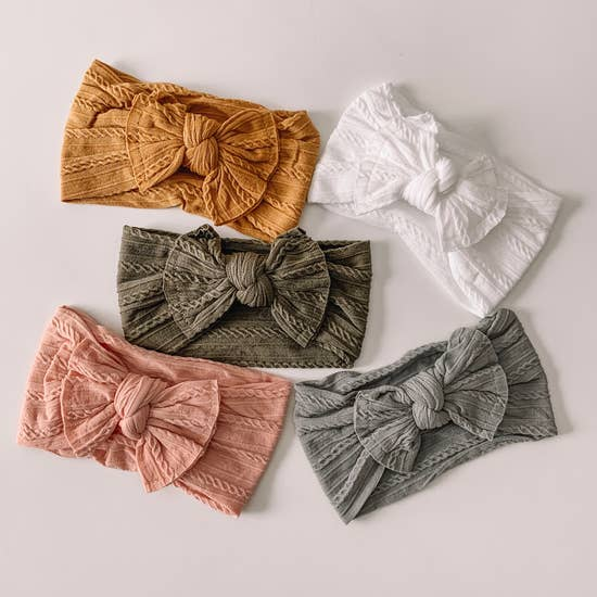 Cable Knit Nylon Bow