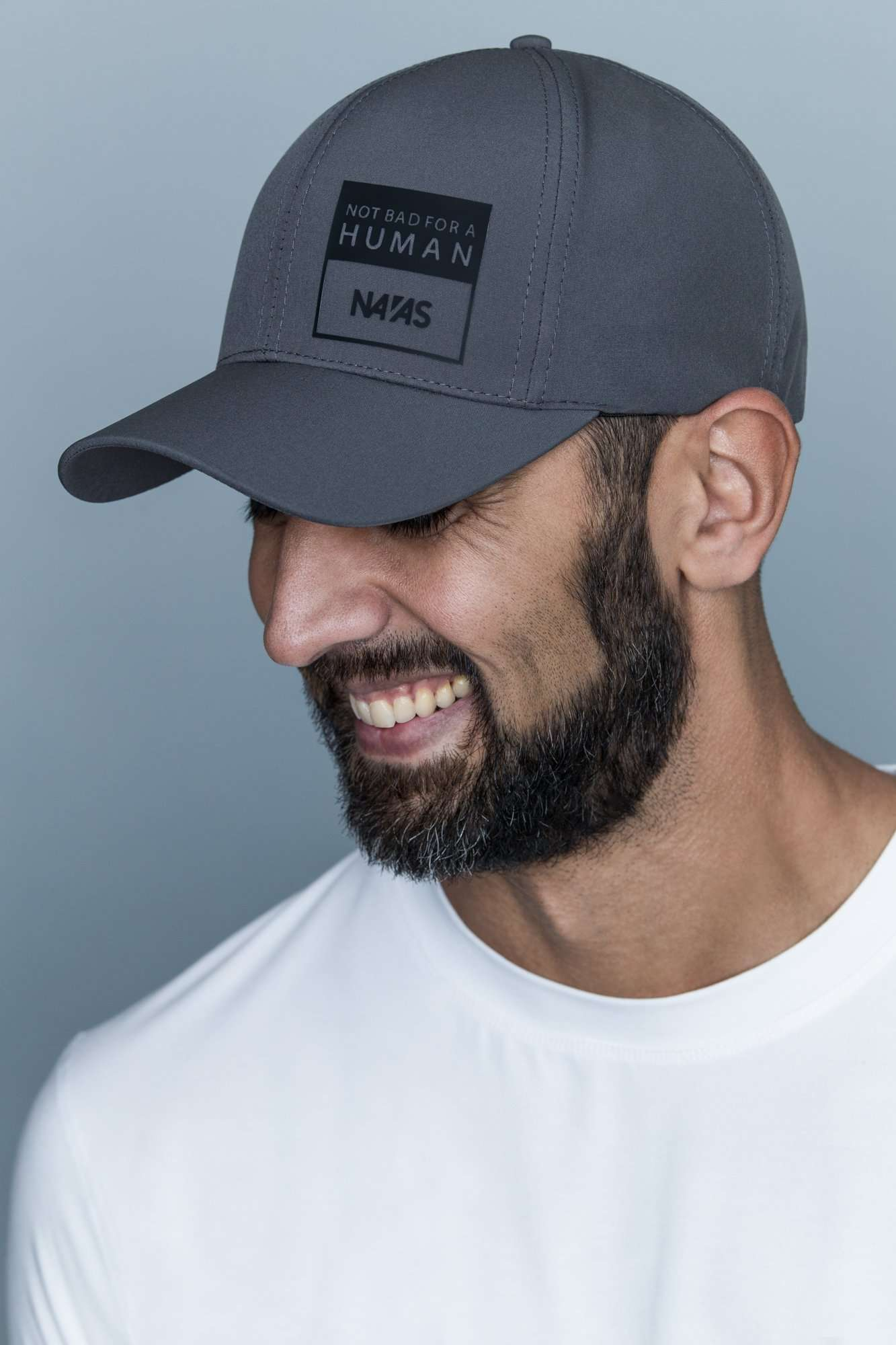 The Navas Lab V3 Hat in grey. A flexfit baseball cap with precurved visor for everyday.