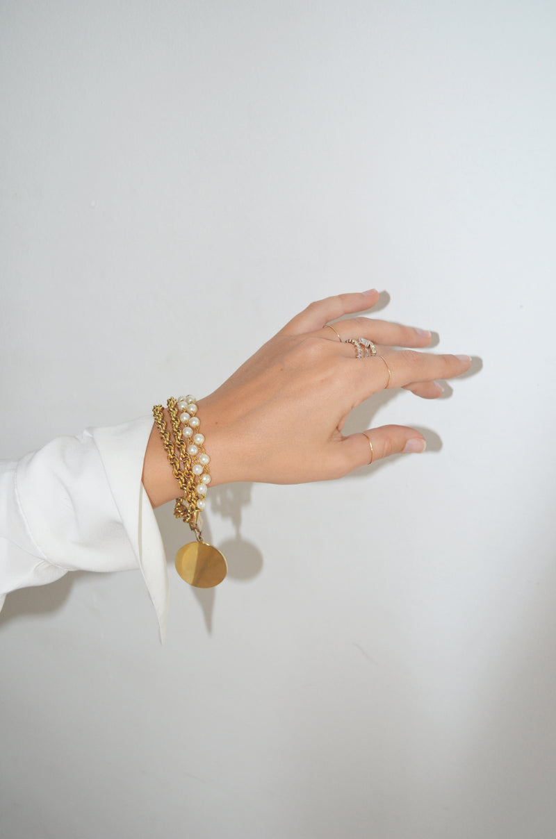 Vintage Gold Double Chain Bracelet with Pearls