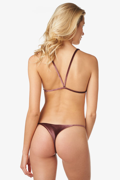 Ali Bottom in Plume