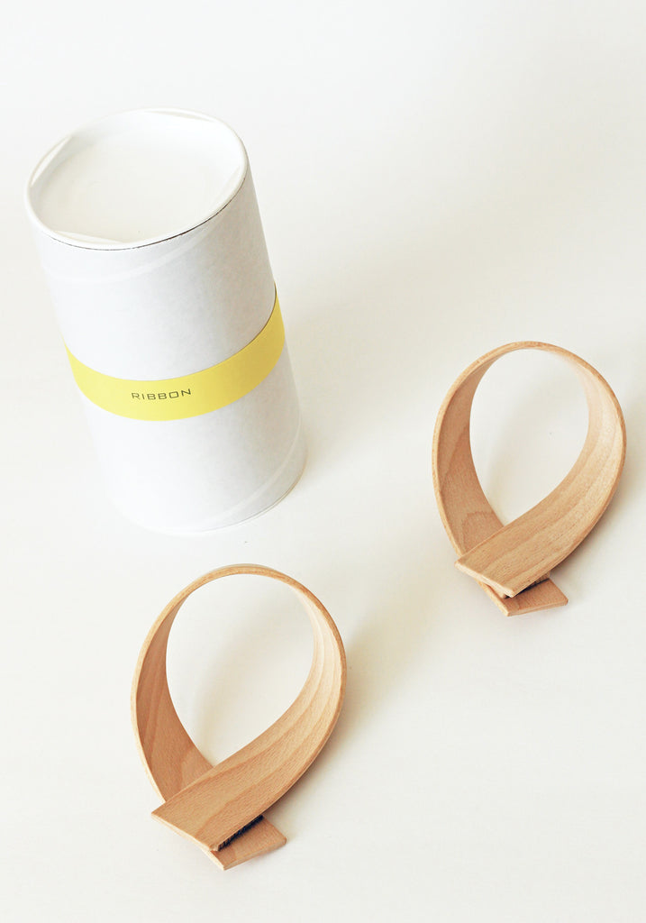 Wooden Ribbon Wall Hooks
