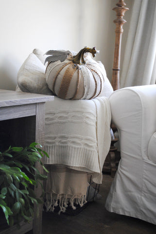 farmhouse, fixer upper, fall decor, pumpkins