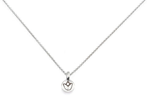 NS207-L18 Silver Mini Lotus Necklace