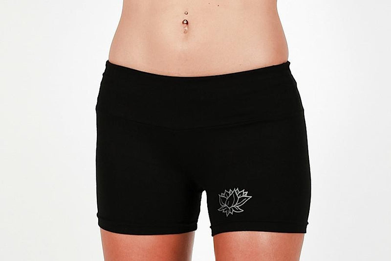 DGP28 Hatha Hotpants Lotus