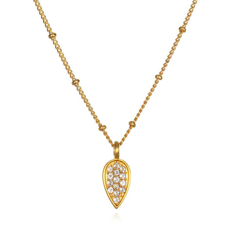 Gold Lotus Petal Necklace png4-52-l18