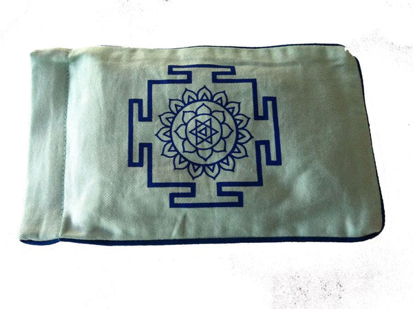 Eye Pillow Aqua Yantra