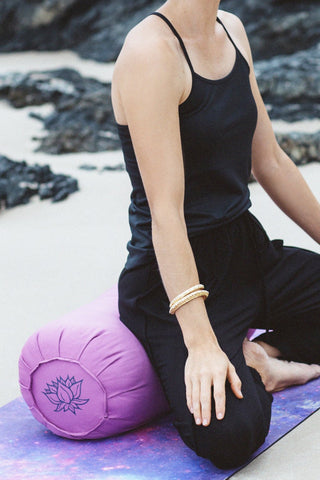 40f4d8d79b \u003c\/p\u003e\n\u003cp\u003eWe know that bolsters and cushions are the  best thing to help your yoga practice deepen ...