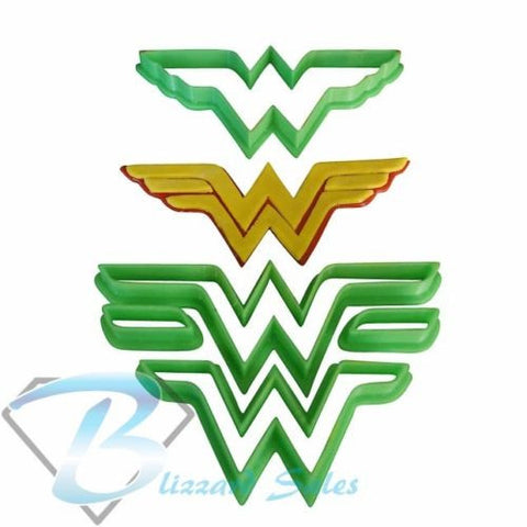 Wonder Woman Cookie Fondant Cutter 5cm 7cm 10cm Set Birthday Cake Decorating