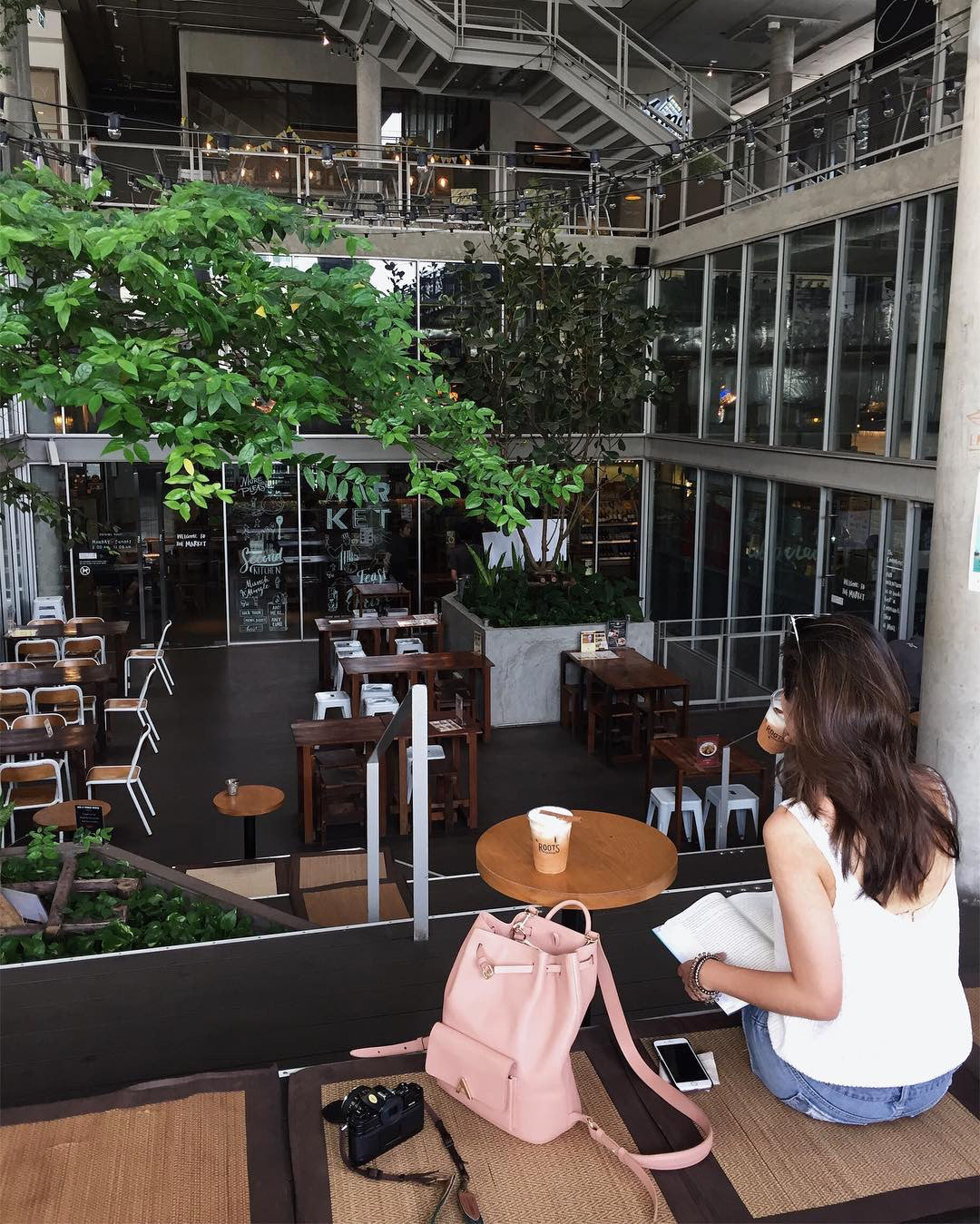 ESEMBLE Around the Globe Bangkok Cafe Hopping Guide Cat Kao Roots Coffee The Commons 02