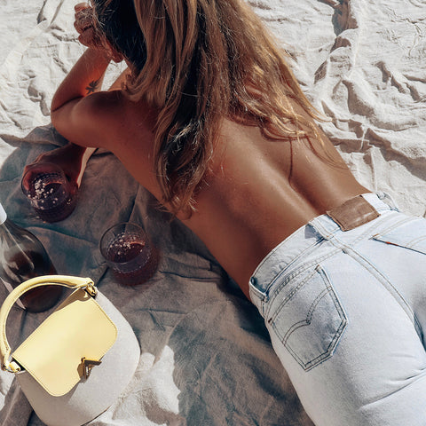 esemble seen on Carly Andersson SS19 Bell Shoulder Bag Canvas Lemonade_25022019