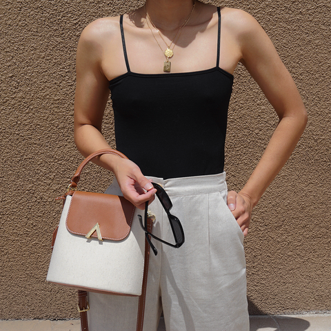 esemble seen on Chinda Phraph SS18 Bell Shoulder Bag in Canvas-Brown_04052018