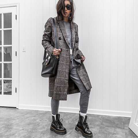 esemble seen on Kristina Petrick of day in my dreams SS18 Deli Basket Carryall in Black_18012019