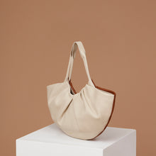 Load image into Gallery viewer, Medium Lila Fan Tote - Caramel/Almond
