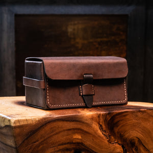 Leather Toiletry- Bag Antique Saddle Brown