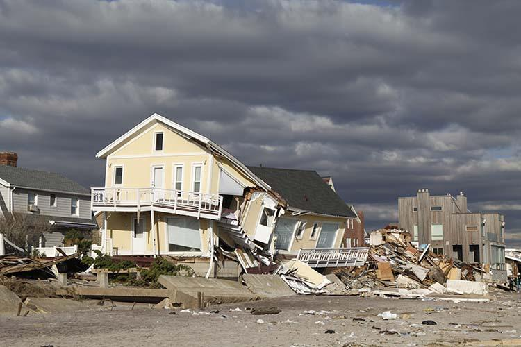 Hurricane Safety Tips: Before, During and After the Storm