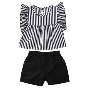Aubrey Black and White Set by Elsewhereshop