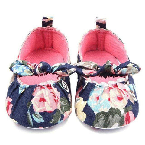 Dark Floral Flat Shoes