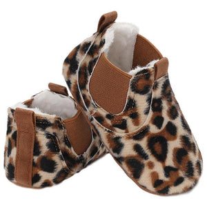 Zeike Leopard Boots by Elsewhereshop