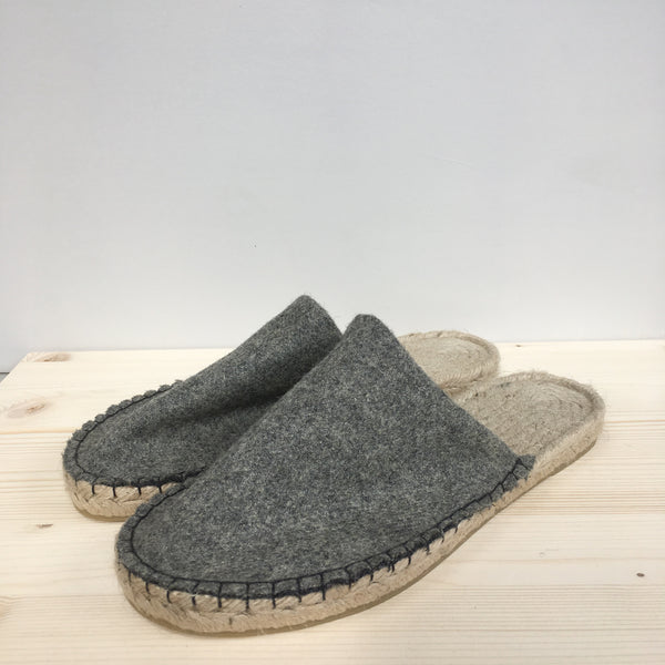 Ethical slippers made in the UK