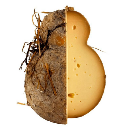 Caciocavallo under hay and aged in the barrels - Dolceterra UK