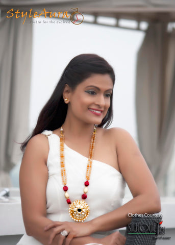StyleAura Image – Shubha in white dress and long kundan piece 1